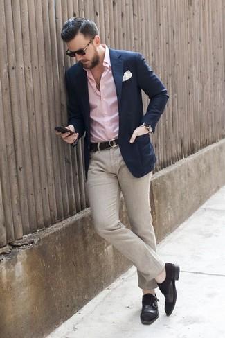 Beige hose rosa hemd