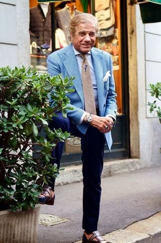 Wie kombinieren: blaues Sakko mit Vichy-Muster, hellblaues Businesshemd, dunkelblaue Anzughose, braune Leder Slipper mit Quasten
