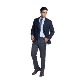 Wie kombinieren: dunkelblaues Sakko, hellblaues Businesshemd, dunkelgraue Anzughose, dunkelbraune Leder Derby Schuhe