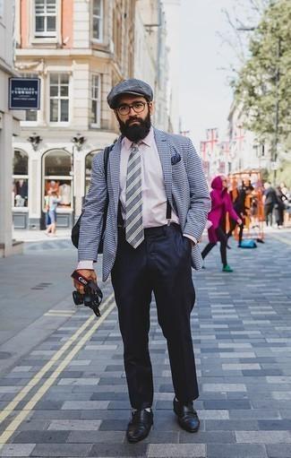 Rosa Businesshemd kombinieren: trends 2020: Kombinieren Sie ein rosa Businesshemd mit einer dunkelblauen Anzughose, um vor Klasse und Perfektion zu strotzen. Warum kombinieren Sie Ihr Outfit für einen legereren Auftritt nicht mal mit schwarzen Doppelmonks aus Leder?