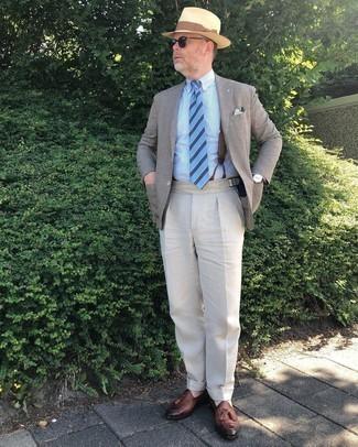 Hosenträger kombinieren – 355 Herren Outfits: Entscheiden Sie sich für ein beige Sakko und einen Hosenträger für einen entspannten Wochenend-Look. Fühlen Sie sich ideenreich? Komplettieren Sie Ihr Outfit mit braunen Leder Slippern mit Quasten.