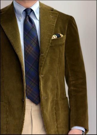 Herren Outfits 2021: Erwägen Sie das Tragen von einem olivgrünen Cordsakko und einer hellbeige Anzughose für einen stilvollen, eleganten Look.