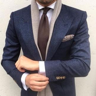 Wie kombinieren: dunkelgraues Wollsakko, weißes Businesshemd, dunkelbraune Krawatte, braunes Seide Einstecktuch mit Paisley-Muster