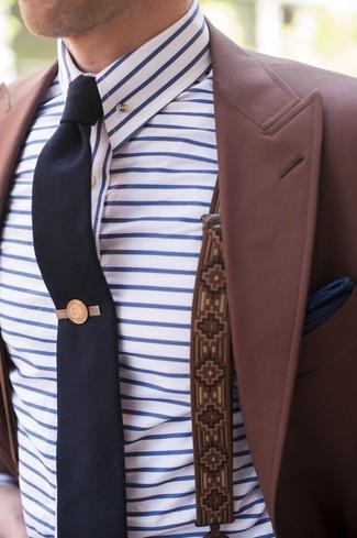 Hosenträger kombinieren – 355 Herren Outfits: Halten Sie Ihr Outfit locker mit einem dunkelroten Sakko und einem Hosenträger.