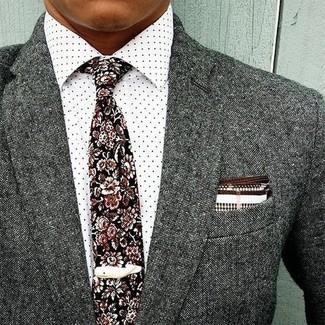 Wie kombinieren: graues Wollsakko, weißes gepunktetes Businesshemd, schwarze Krawatte mit Blumenmuster, weißes und braunes Einstecktuch