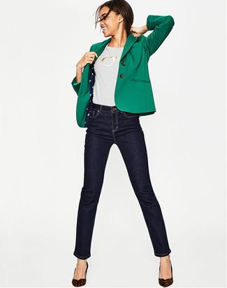 b360a1014639 Wie kombinieren  grünes Sakko, graues bedrucktes T-Shirt mit einem  Rundhalsausschnitt, dunkelblaue