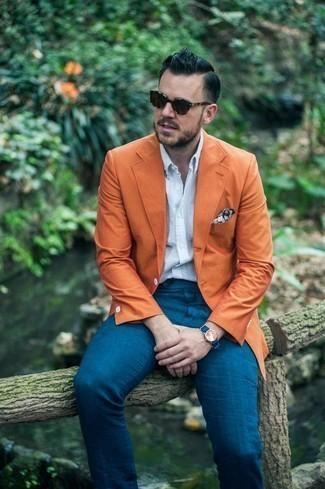 Dunkelbraune Sonnenbrille kombinieren: trends 2020: Ein orange Sakko und eine dunkelbraune Sonnenbrille sind eine perfekte Outfit-Formel für Ihre Sammlung.