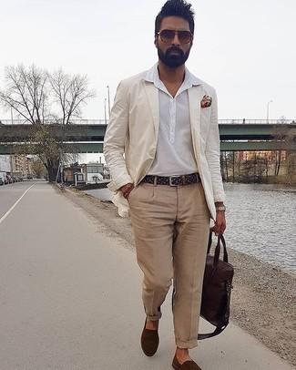 Silberne Uhr kombinieren – 500+ Smart-Casual Herren Outfits: Entscheiden Sie sich für Komfort in einem hellbeige Sakko und einer silbernen Uhr. Putzen Sie Ihr Outfit mit dunkelbraunen Segeltuch Espadrilles.