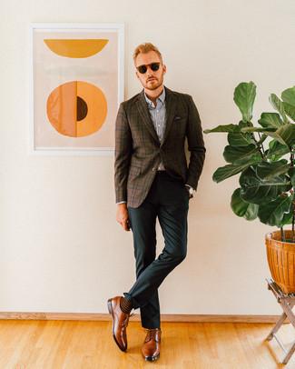 Dunkelbraunes Sakko mit Schottenmuster kombinieren: trends 2020: Kombinieren Sie ein dunkelbraunes Sakko mit Schottenmuster mit einer dunkelgrünen Anzughose, um vor Klasse und Perfektion zu strotzen. Braune Leder Derby Schuhe sind eine kluge Wahl, um dieses Outfit zu vervollständigen.