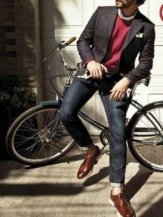 Braune Leder Oxford Schuhe kombinieren für Herbst: trends 2020: Paaren Sie ein dunkelgraues Sakko mit dunkelblauen Jeans für Drinks nach der Arbeit. Fühlen Sie sich ideenreich? Wählen Sie braunen Leder Oxford Schuhe. Schon mal so einen trendigen Herbst-Outfit gesehen?