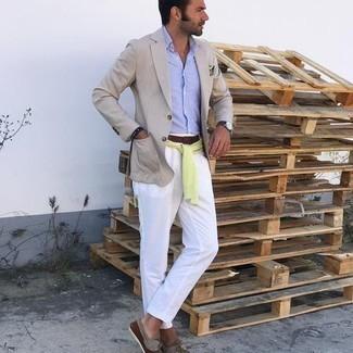 Bootsschuhe kombinieren – 536+ Herren Outfits: Entscheiden Sie sich für ein hellbeige Sakko und eine weiße Chinohose für Ihren Bürojob. Fühlen Sie sich mutig? Vervollständigen Sie Ihr Outfit mit Bootsschuhen.
