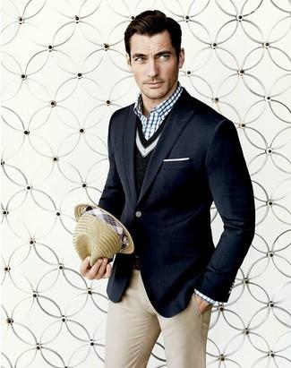 schwarzer Pullover mit einem V-Ausschnitt von Gant