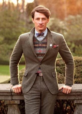 Wie kombinieren: braunes Wollsakko mit Schottenmuster, brauner Pullover mit einem V-Ausschnitt mit Fair Isle-Muster, weißes vertikal gestreiftes Langarmhemd, braune Wollanzughose mit Schottenmuster
