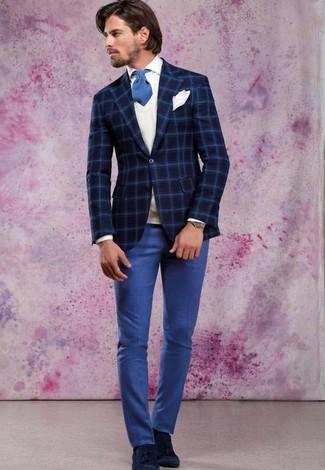 Wie kombinieren: dunkelblaues Wollsakko mit Karomuster, weißer Pullunder, weißes Businesshemd, blaue Anzughose