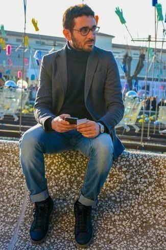 dunkelblauer Pullover von Whyred