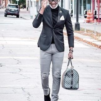 50 Jährige: Schwarzen Rollkragenpullover kombinieren – 73 Herren Outfits: Kombinieren Sie einen schwarzen Rollkragenpullover mit grauen Jeans mit Destroyed-Effekten für einen entspannten Wochenend-Look. Fühlen Sie sich mutig? Entscheiden Sie sich für schwarzen Chelsea Boots aus Wildleder.