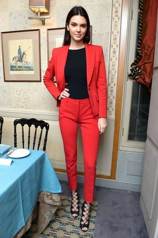 Rote hose outfit