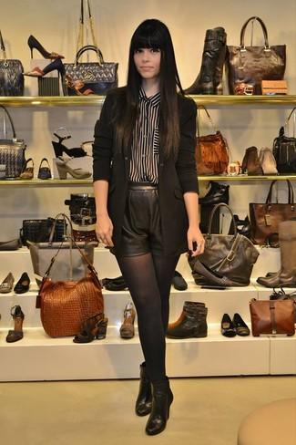 schwarze Leder Stiefeletten von Kendall & Kylie