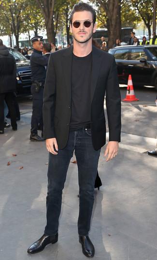 Sakko schwarzes t shirt mit rundhalsausschnitt schwarzes jeans schwarze large 21930