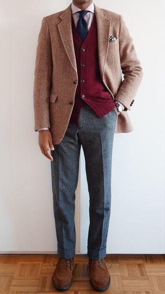 roter Pullover von Maerz