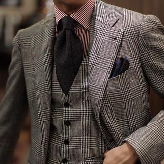 Wie kombinieren: graues Wollsakko mit Schottenmuster, graue Wollweste mit Schottenmuster, rotes vertikal gestreiftes Businesshemd, schwarze Krawatte
