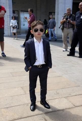 Wie kombinieren: schwarzer Anzug, weißes Langarmhemd, schwarze Oxford Schuhe