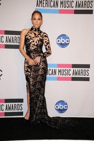 Jennifer Lopez trägt Schwarzes besticktes Spitze Ballkleid, Schwarze Wildleder Pumps