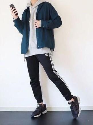 grauer Pullover von Calvin Klein