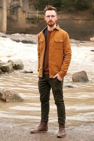 Rotbraune Shirtjacke kombinieren – 182 Herren Outfits: Kombinieren Sie eine rotbraune Shirtjacke mit einer dunkelgrünen Chinohose für Ihren Bürojob. Ergänzen Sie Ihr Look mit einer braunen Lederfreizeitstiefeln.