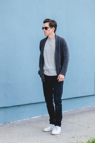 dunkelblauer Pullover von oodji Ultra