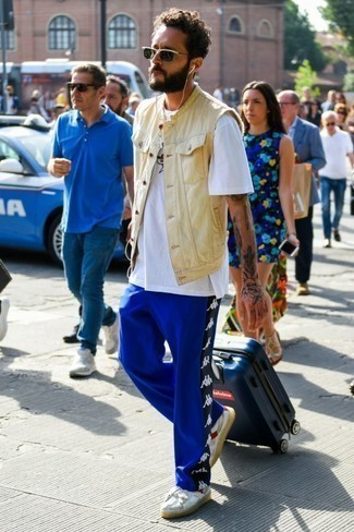 dunkelblaue bedruckte Jogginghose von adidas