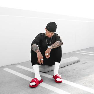 Schwarze Mütze kombinieren – 936+ Herren Outfits: Für ein bequemes Couch-Outfit, paaren Sie ein dunkelgraues T-Shirt mit einem Rundhalsausschnitt mit einer schwarzen Mütze. Suchen Sie nach leichtem Schuhwerk? Ergänzen Sie Ihr Outfit mit roten Ledersandalen für den Tag.