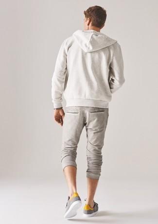 weißer Pullover mit einem Kapuze von Under Armour