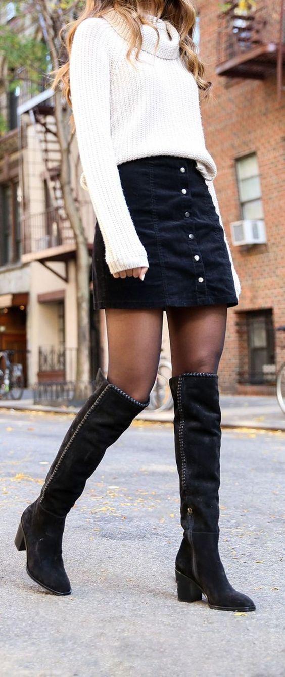 newest 82633 d320a weißer Pullover mit einer weiten Rollkragen, schwarzer ...