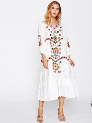 new styles ad51c d1a92 weißes besticktes Folklore Kleid, hellbeige Leder ...