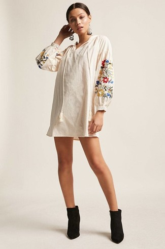 quality design 01405 624aa Weißes besticktes Folklore Kleid kombinieren (6 ...