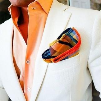 Wie kombinieren: weißes Sakko, orange Businesshemd, mehrfarbiges Einstecktuch mit Schottenmuster