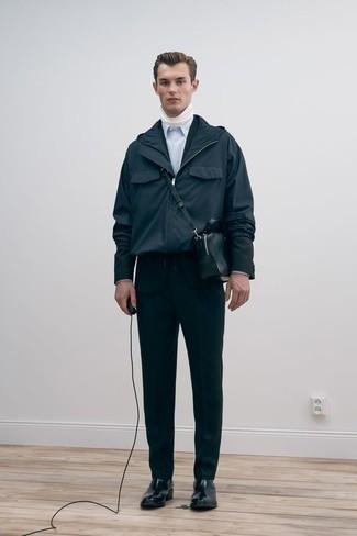Wie Businesshemd mit Anzuges zu kombinieren – 500+ Herren Outfits: Kombinieren Sie einen Anzug mit einem Businesshemd für einen stilvollen, eleganten Look. Fühlen Sie sich mutig? Ergänzen Sie Ihr Outfit mit schwarzen Chelsea Boots aus Leder.