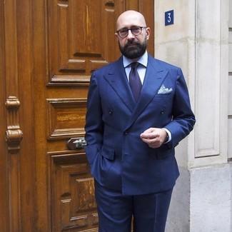Wie kombinieren: dunkelblaues Zweireiher-Sakko, hellblaues Businesshemd, dunkelblaue Anzughose, dunkelblaue Krawatte