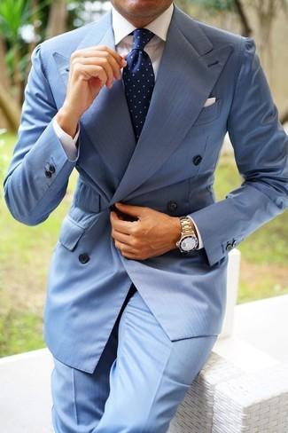 Hellblaue Anzughose kombinieren: Paaren Sie ein hellblaues Zweireiher-Sakko mit einer hellblauen Anzughose, um vor Klasse und Perfektion zu strotzen.