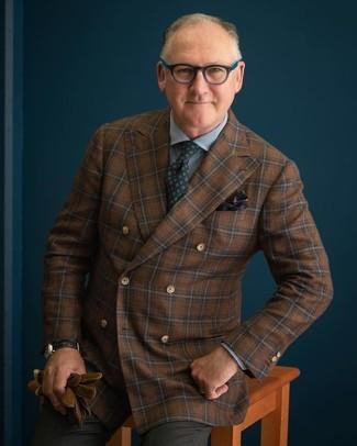 Braune Lederhandschuhe kombinieren: trends 2020: Für ein bequemes Couch-Outfit, tragen Sie ein braunes Wollzweireiher-sakko mit Karomuster und braunen Lederhandschuhe.