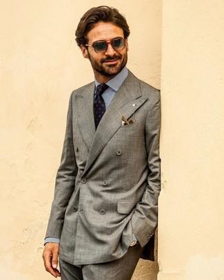 Dunkelgraue Anzughose kombinieren: Erwägen Sie das Tragen von einem grauen Zweireiher-Sakko und einer dunkelgrauen Anzughose, um vor Klasse und Perfektion zu strotzen.