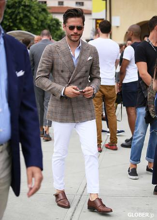 Armband kombinieren – 500+ Herren Outfits: Ein braunes Zweireiher-Sakko mit Schottenmuster und ein Armband sind eine perfekte Wochenend-Kombination. Komplettieren Sie Ihr Outfit mit braunen Doppelmonks aus Leder, um Ihr Modebewusstsein zu zeigen.
