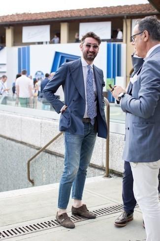 Dunkelbraune Doppelmonks aus Wildleder kombinieren: trends 2020: Vereinigen Sie ein dunkelblaues Zweireiher-Sakko mit blauen Jeans mit Destroyed-Effekten für ein Alltagsoutfit, das Charakter und Persönlichkeit ausstrahlt. Fühlen Sie sich ideenreich? Wählen Sie dunkelbraune Doppelmonks aus Wildleder.