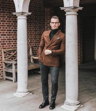 Dunkelgraue Anzughose mit Schottenmuster kombinieren: trends 2020: Kombinieren Sie ein braunes Zweireiher-Sakko mit einer dunkelgrauen Anzughose mit Schottenmuster, um vor Klasse und Perfektion zu strotzen. Fühlen Sie sich mutig? Vervollständigen Sie Ihr Outfit mit schwarzen Chelsea Boots aus Leder.