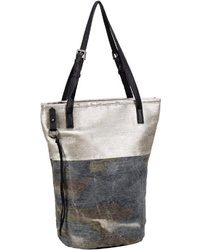 mehrfarbige Shopper Tasche aus Leder von FREDsBRUDER