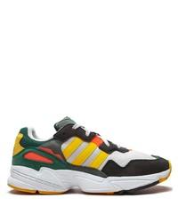 mehrfarbige Sportschuhe von adidas