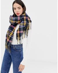 mehrfarbiger Schal mit Schottenmuster von Esprit