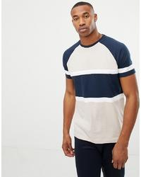 mehrfarbiges horizontal gestreiftes T-Shirt mit einem Rundhalsausschnitt von ASOS DESIGN