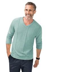 mintgrüner Pullover mit einem V-Ausschnitt von Classic